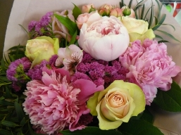 Bouquet Roses & Pivoines